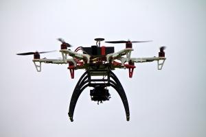 UAV F550